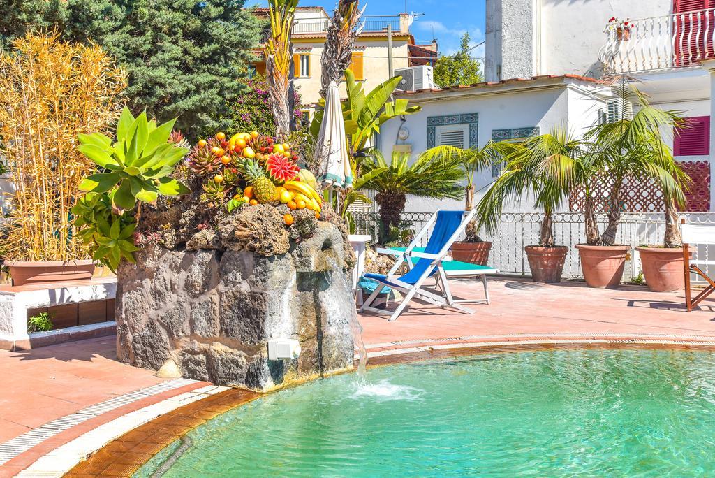 Charme Hotel Villa Tina Ischia
