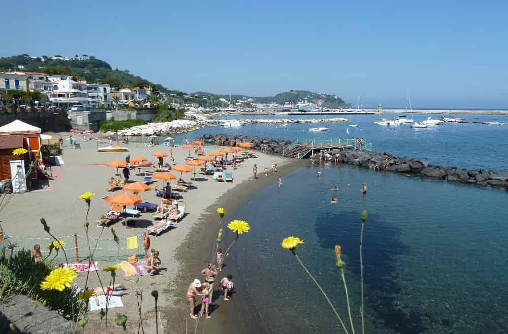 Spiaggia del Convento Ischia